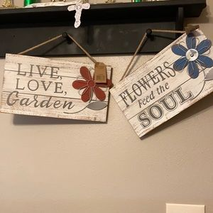 Other - New! Spring Flowers Garden Wood signs-2